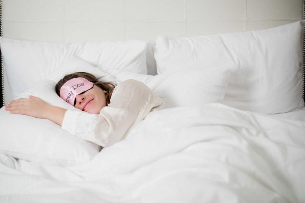 Woman sleeping with good posture